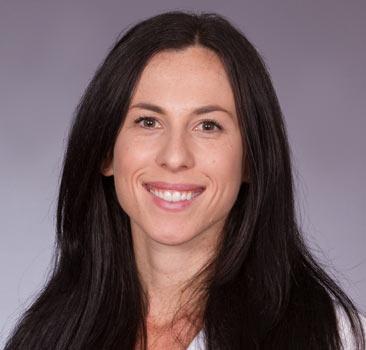 a headshot of Melanie Thomas